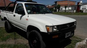 Toyota Hilux x4 Cabina Simple