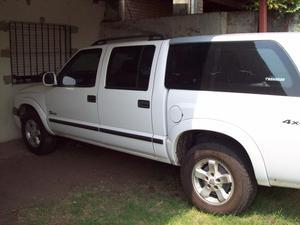 Se vende Chevrolet S10 DLX 4x MUY BUENA!!!!