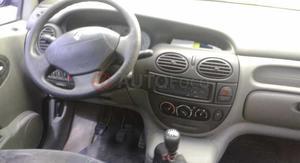 Renault Scenic ()