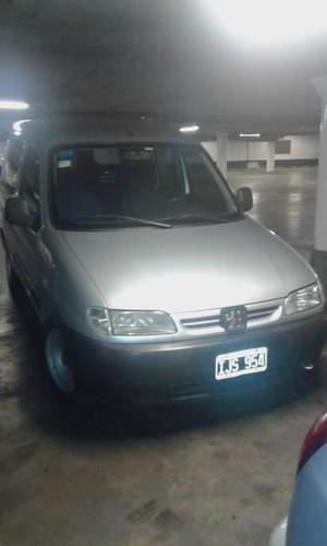 Vendo Peugeot Partner Modelo