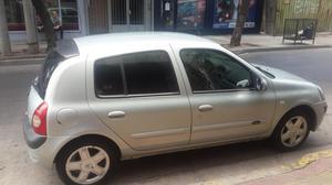 Vendo Clio GPS. Full full.