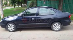 Renault Megane ()