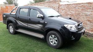 Vendo Toyota  Srv 4x2