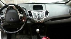 Ford Fiesta Kinetic ()