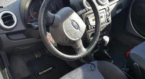Ford KA ()
