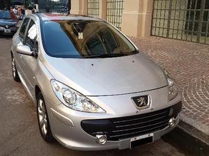 Peugeot 307 XT Premium 1.6 5P 110CV usado  kms