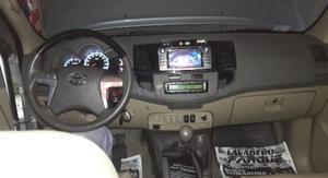 Toyota Hilux SW)