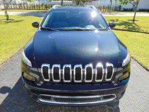 Jeep Cherokee Otra Versión usado  kms