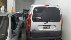 Renault Kangoo  Financiación D N I Permutaría