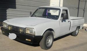 Camioneta PEUGEOT Pick Up 504 Diesel Unica Por Su Estado