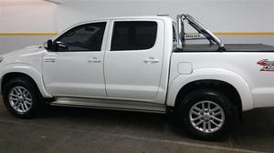 Toyota Hilux 3.0 D/CAB 4x4 TD SRV