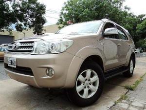 Toyota Hilux SW4 3.0 Aut Cuero usado  kms