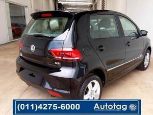 Volkswagen Fox Trendline 5P usado  kms