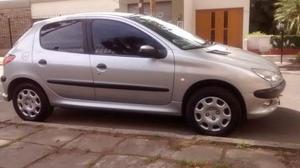 Peugeot 206 XR Premium 5P usado  kms