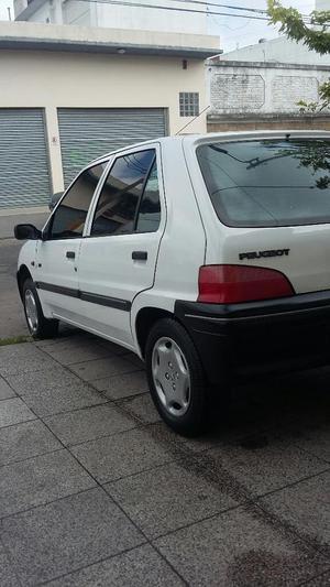 Peugeot  Nafta a Reparar