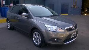 Ford Focus 5ptas. Ghia 2.0 Nafta