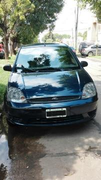 Ford Fiesta Max Ambiente Plus usado  kms
