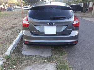 Vendo ford focus , con garantia transferible