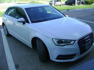 Audi A3 Otra Versión usado  kms