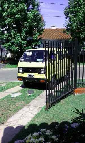 Daihatsu Wide minivan