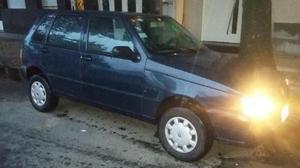 Fiat Uno Fire 5P usado  kms