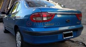 Renault Megane )