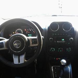 Jeep Patriot Otra Versión usado  kms