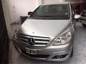 Mercedes Benz Clase B 180 Nafta AT