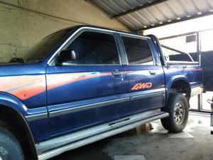 Vendo Mazda 4x4 M 98 A/c