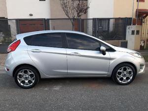 Ford Fiesta Kinetic Titanium 1.6L nafta 5P usado