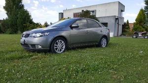 Kia Cerato Forte 2.0 N SX 6AT Elegance 4Ptas.