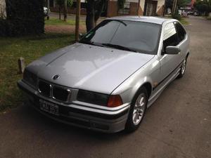 BMW Serie  iS Coupé usado  kms