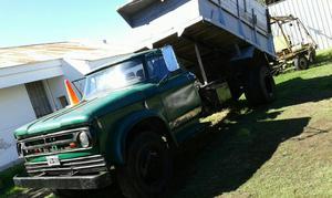 Camion Dodger con Bolcadora