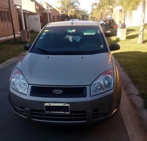 Ford Fiesta Max Ambiente MP3 c/GNC  Papeles al día