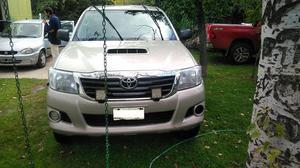 Toyota Hilux 3.0 D/CAB 4x4 D SR