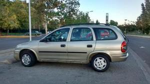 Chevrolet Corsa Wagon GL 1.6 MPFi usado  kms