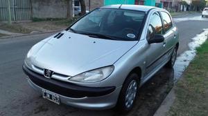 Vendo Peugeot 206 Xr Premium v 5 Ptas