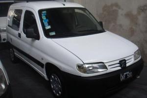 Peugeot Partner Furgón 1.4 Confort GNC usado  kms