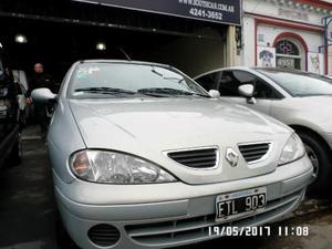 Renault Megane Bic 1.6 Expression usado  kms