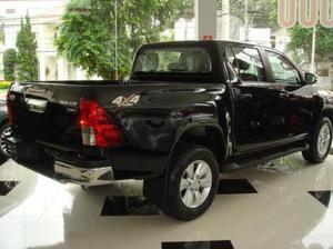 Toyota Hilux 4X2 D/C SRV 2.8 TDI 6 M/T, , Diesel