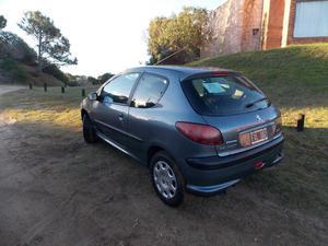 Peugeot 206 año  c/ km ÚNICA MANO Pinamar NO