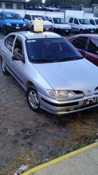 Renault Megane Tric RT TD usado  kms