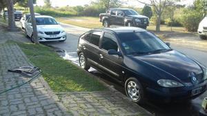 Vendo O Permuto Renault Megan