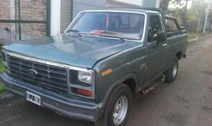 Camioneta Ford F 100