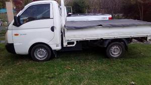 Hyundai H-100 Base con caja usado  kms