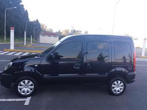 Vendo Renault Kangoo  Gnc Confort 1.6 5a Cd Ca Svt