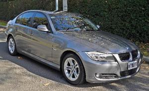 BMW Serie 3 Sedán 320i Executive usado  kms