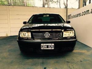 Volkswagen Bora Otra Versión usado  kms