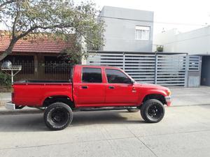 Vendo Toyota Hilux Doble Cabina 96 4x4