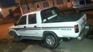Vendo Toyota Hilux 4x